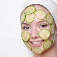 Как приготовить маски для лица в домашних условиях